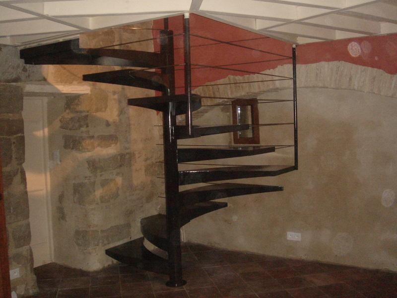 Escalier colima on tout en m tal - Escalier en metal a vendre ...